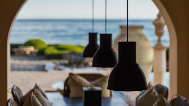 Exclusive Beachfront Villa for sale Marbella East (31) (Large)