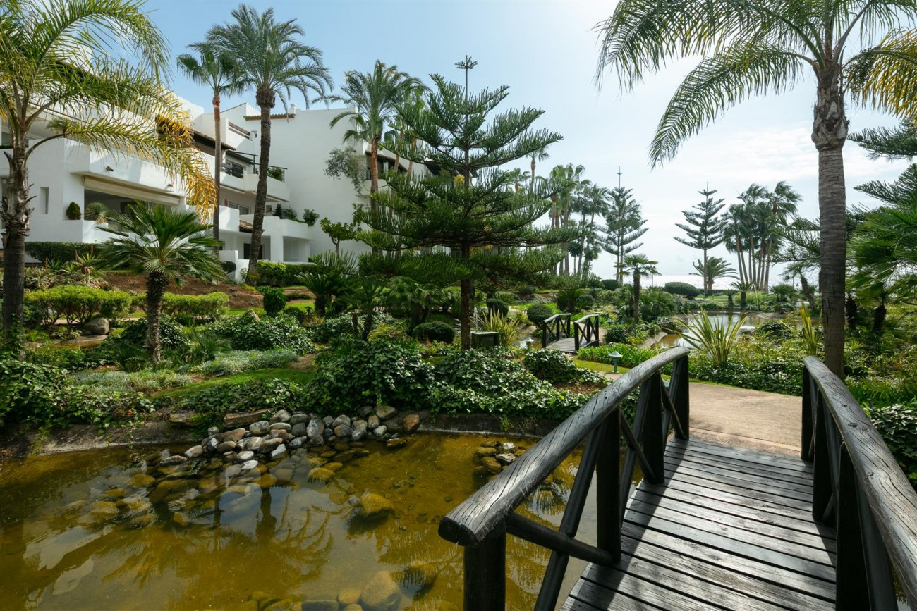 Apartment for sale Marbella Golden Mile Spain (15) (Large)