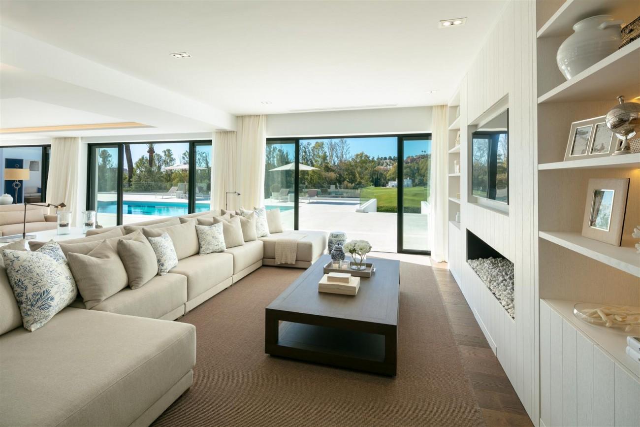Frontline Golf Contemporary Villa for sale Nueva Andalucia Marbella Spain (14) (Large)