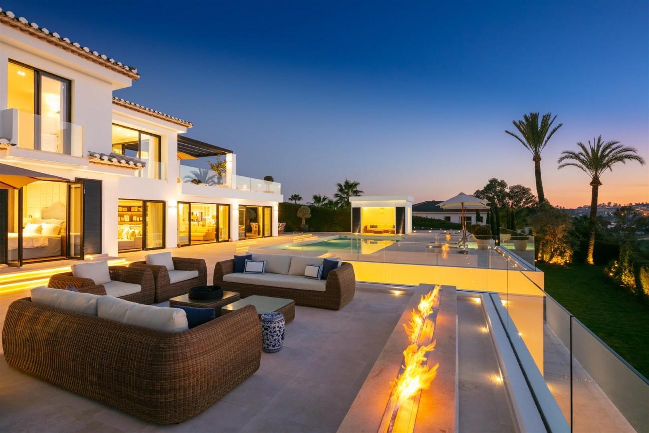 Frontline Golf Contemporary Villa for sale Nueva Andalucia Marbella Spain (26) (Large)