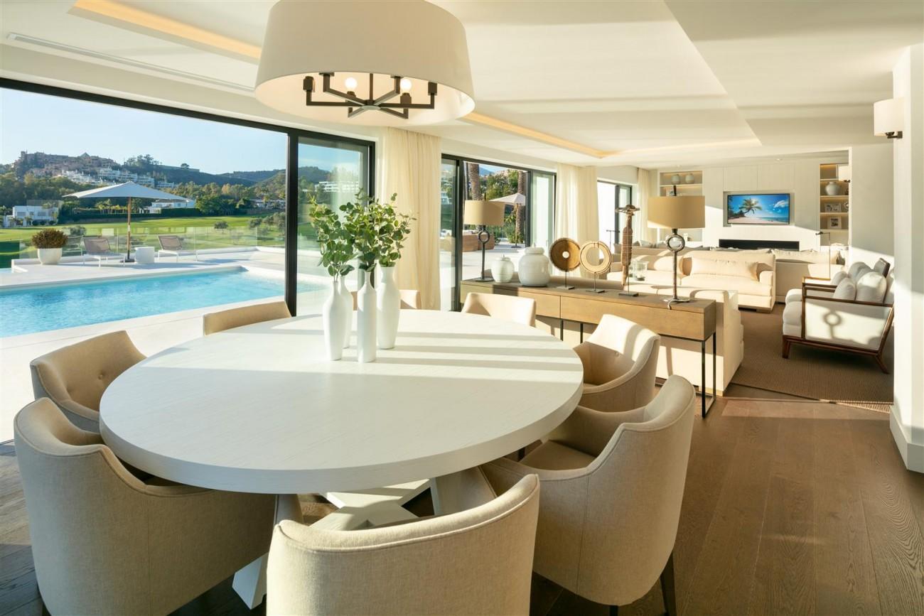 Frontline Golf Contemporary Villa for sale Nueva Andalucia Marbella Spain (23) (Large)