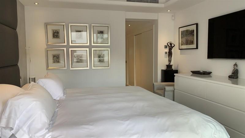 Contemporary Apartment for sale Puente Romano Marbella Golden Mile Spain (4) (Large)