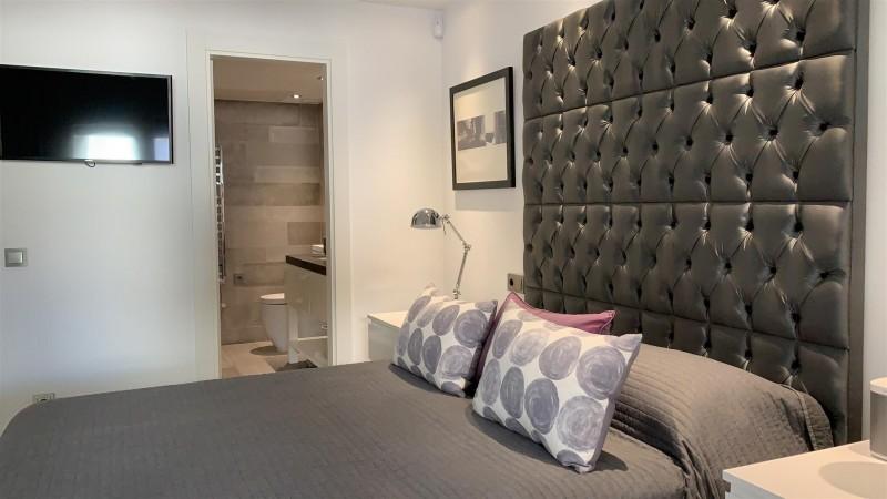 Contemporary Apartment for sale Puente Romano Marbella Golden Mile Spain (31) (Large)