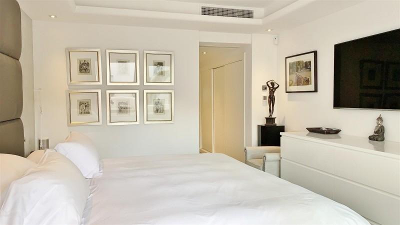 Contemporary Apartment for sale Puente Romano Marbella Golden Mile Spain (38) (Large)