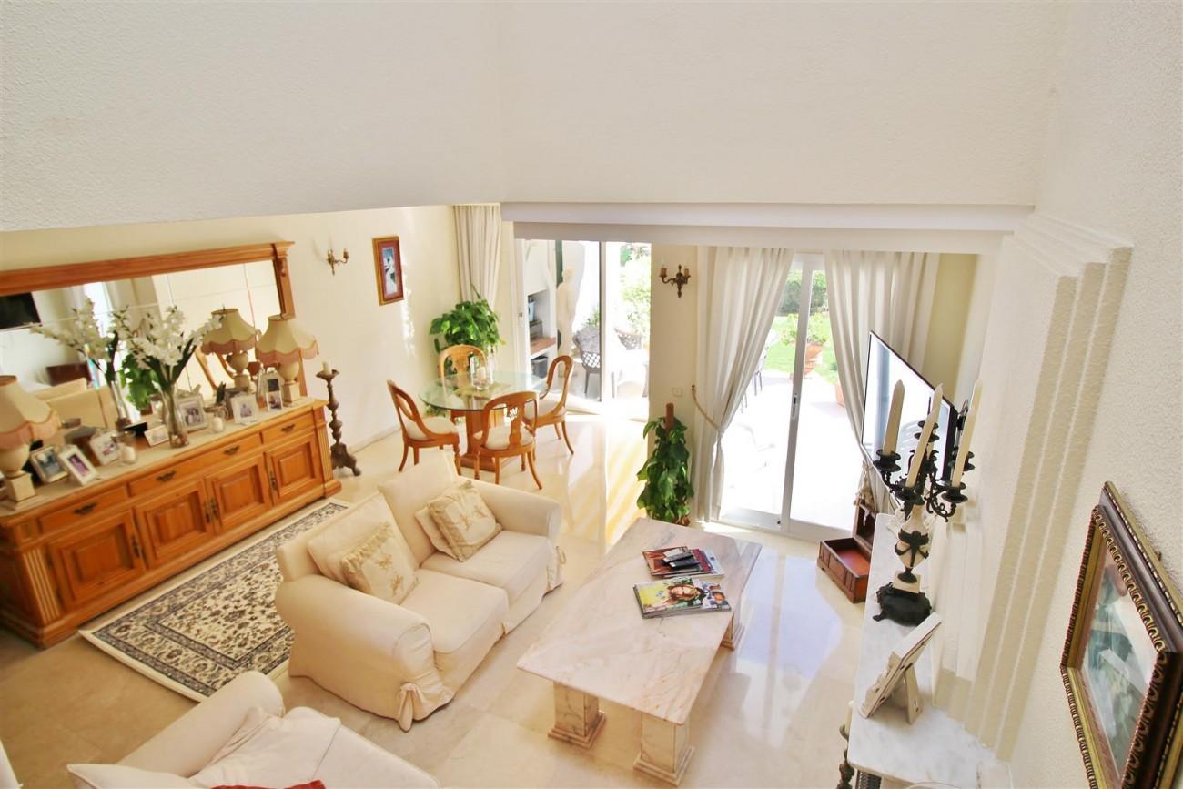 Beachfront Townhouse for sale Estepona Spain (14) (Large)