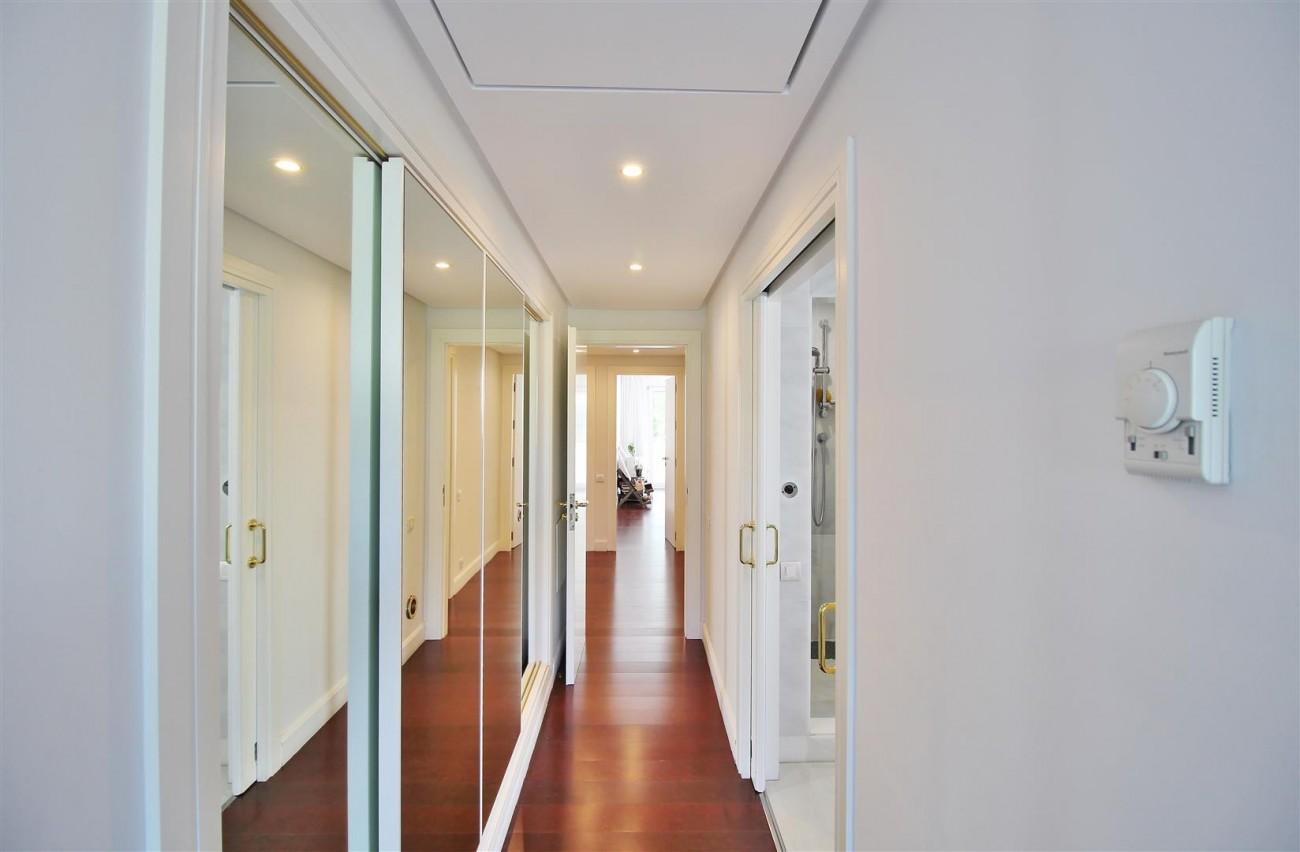 Frontline Golf Luxury Apartment for sale Nueva Andalucia Marbella Spain (21) (Large)