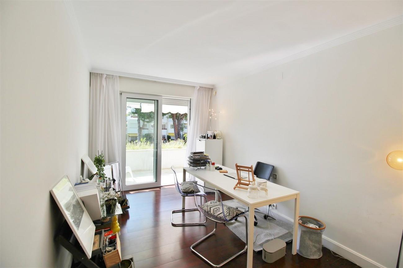 Frontline Golf Luxury Apartment for sale Nueva Andalucia Marbella Spain (28) (Large)