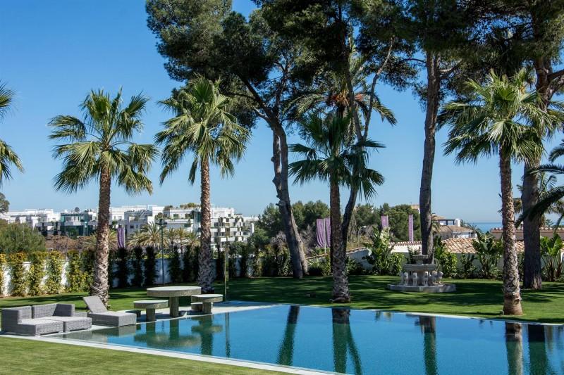 Luxury Villa for sale Marbella Golden Mile Spain (1) (Large)