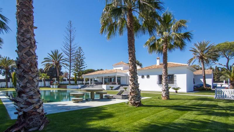 Luxury Villa for sale Marbella Golden Mile Spain (32) (Large)