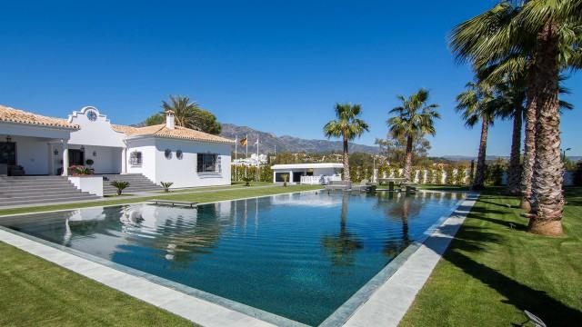 Villa for Sale - 5.900.000€ - Golden Mile, Costa del Sol - Ref: 5965