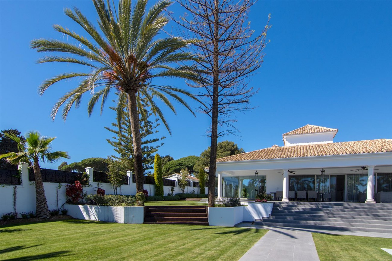Luxury Villa for sale Marbella Golden Mile Spain (36) (Large)