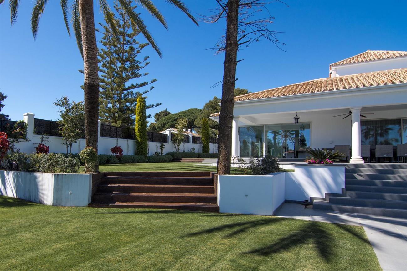Luxury Villa for sale Marbella Golden Mile Spain (37) (Large)