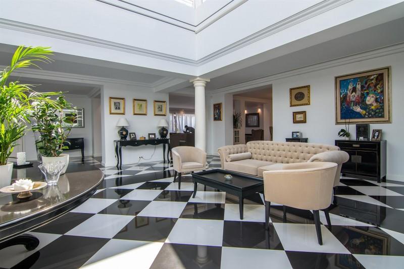 Luxury Villa for sale Marbella Golden Mile Spain (10) (Large)