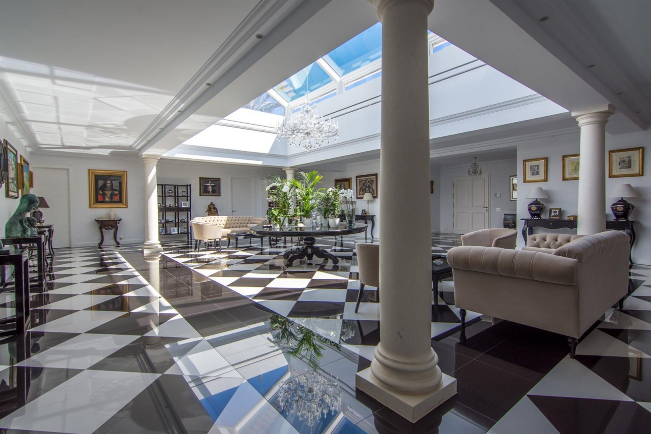 Luxury Villa for sale Marbella Golden Mile Spain (8) (Large)