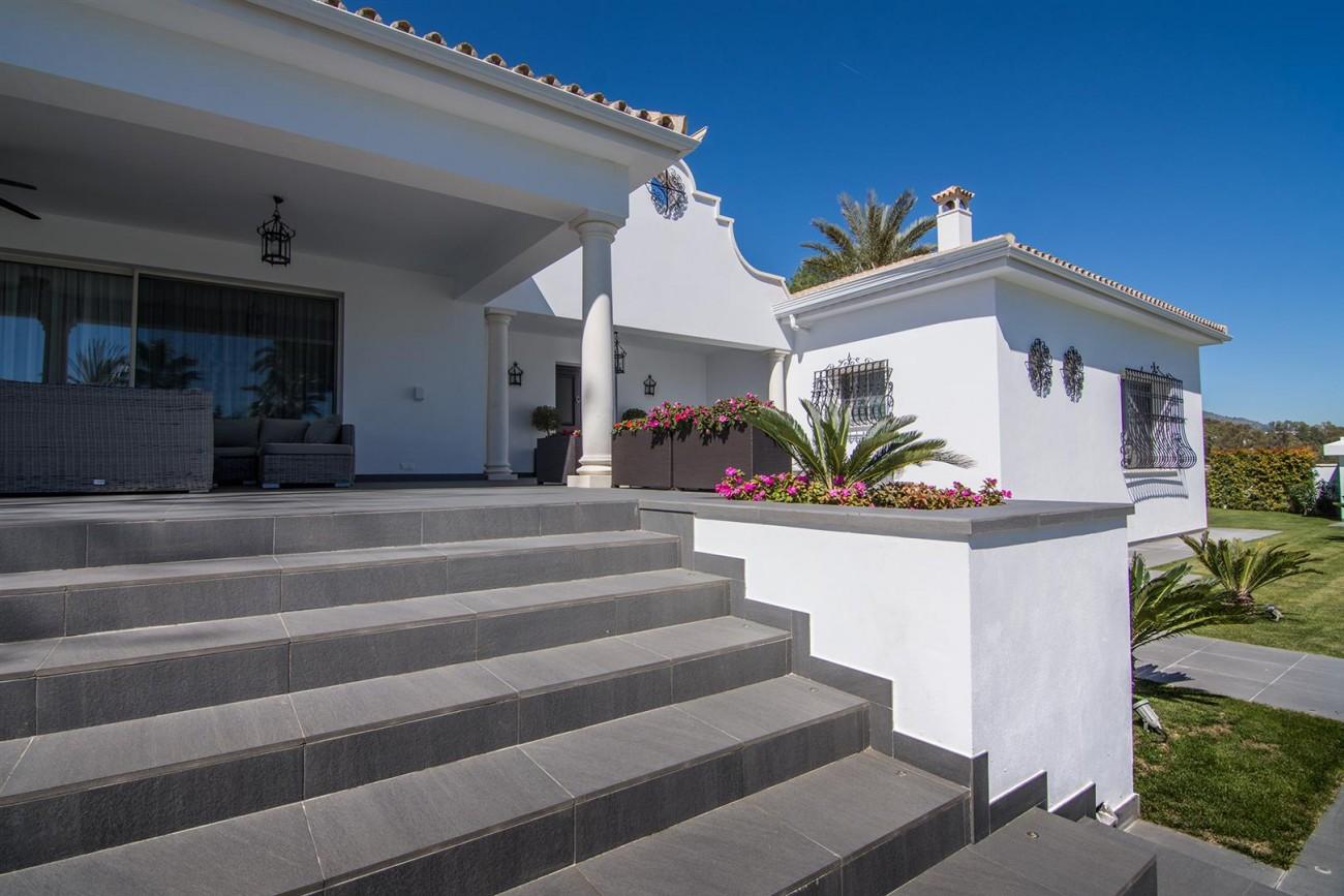 Luxury Villa for sale Marbella Golden Mile Spain (42) (Large)