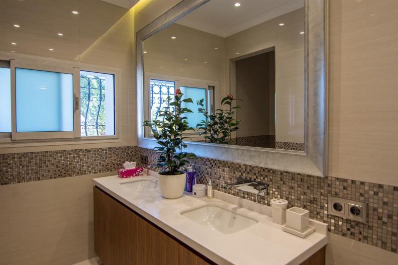 Luxury Villa for sale Marbella Golden Mile Spain (20) (Large)