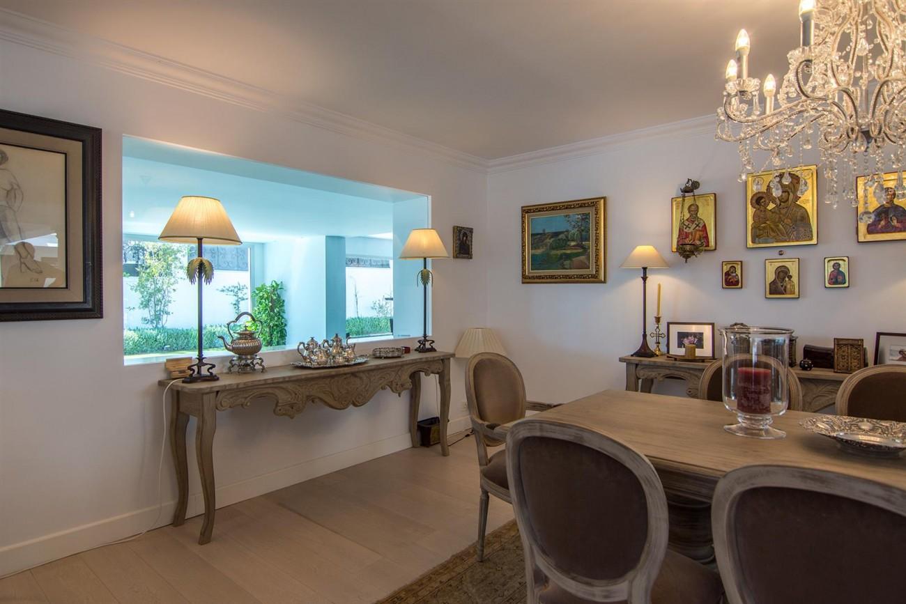 Luxury Villa for sale Marbella Golden Mile Spain (41) (Large)