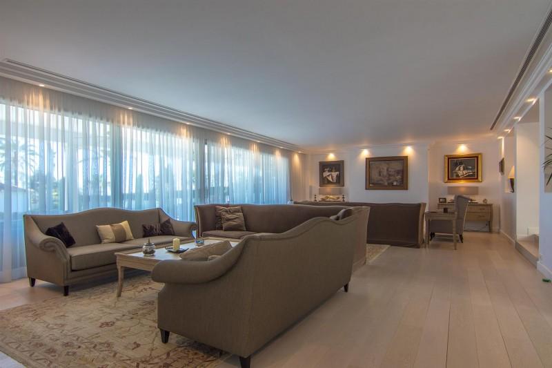 Luxury Villa for sale Marbella Golden Mile Spain (39) (Large)