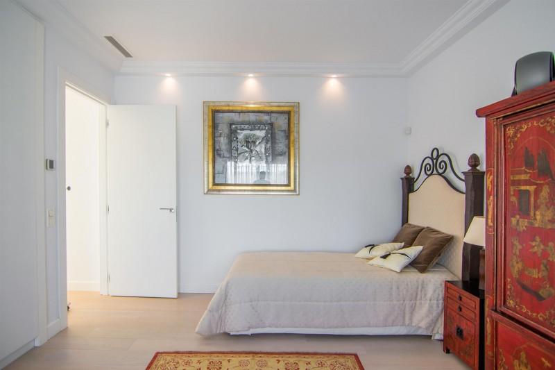 Luxury Villa for sale Marbella Golden Mile Spain (16) (Large)