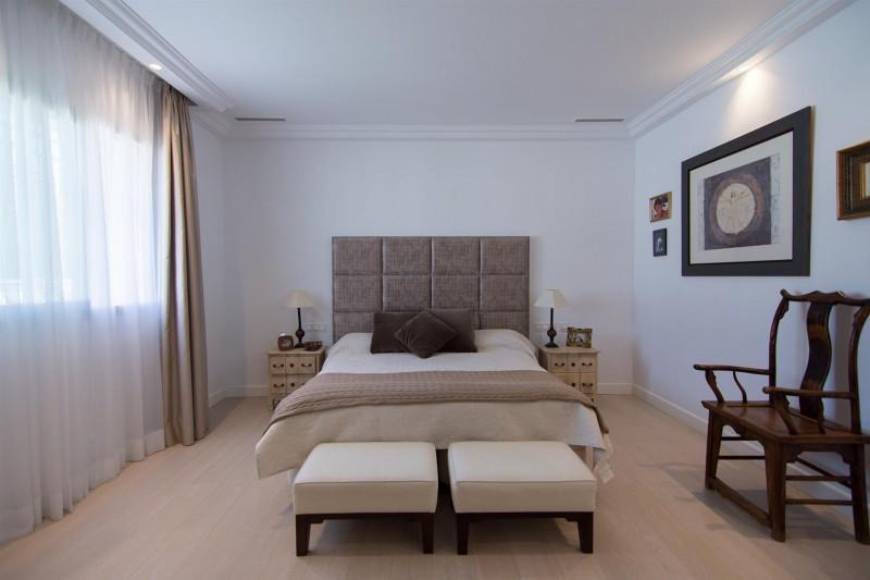 Luxury Villa for sale Marbella Golden Mile Spain (21) (Large)