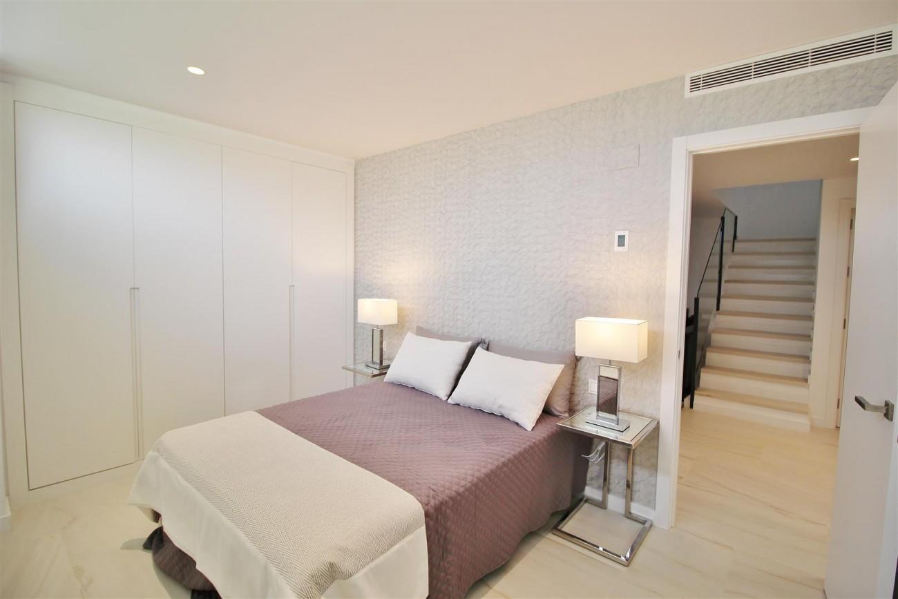 Contemporary villa for sale San Pedro Marbella Spain (10) (Large)
