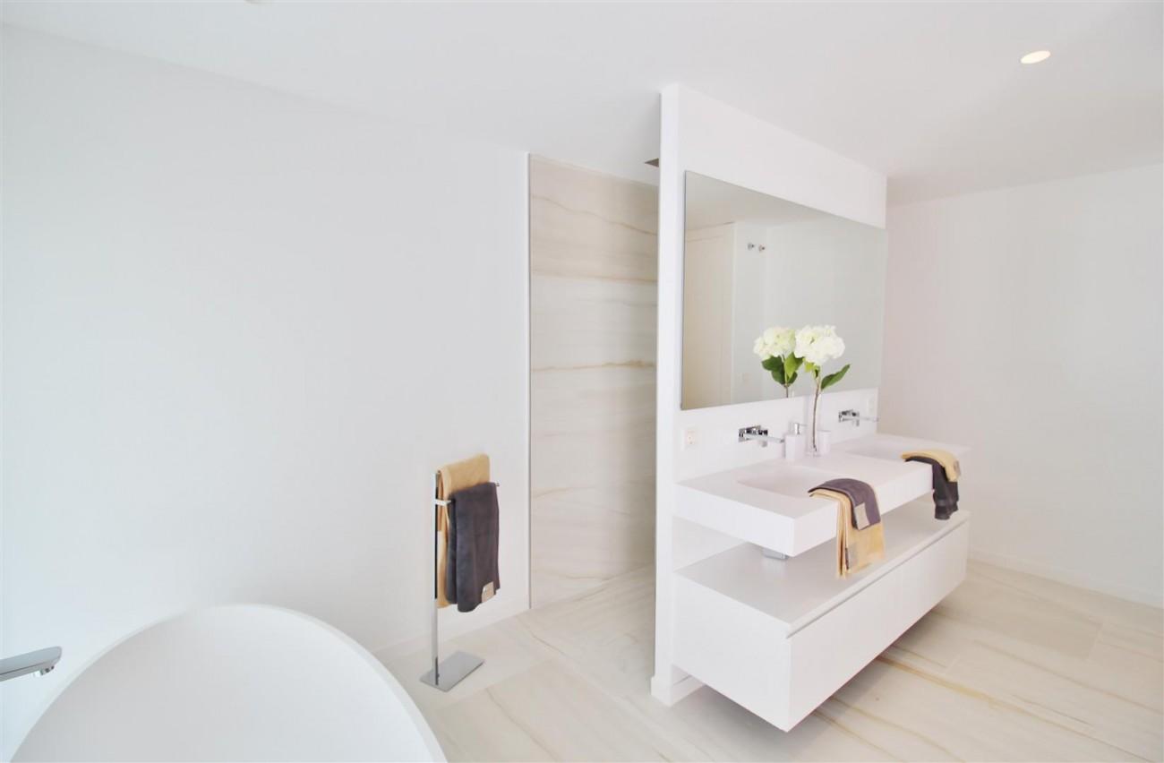 Contemporary villa for sale San Pedro Marbella Spain (17) (Large)
