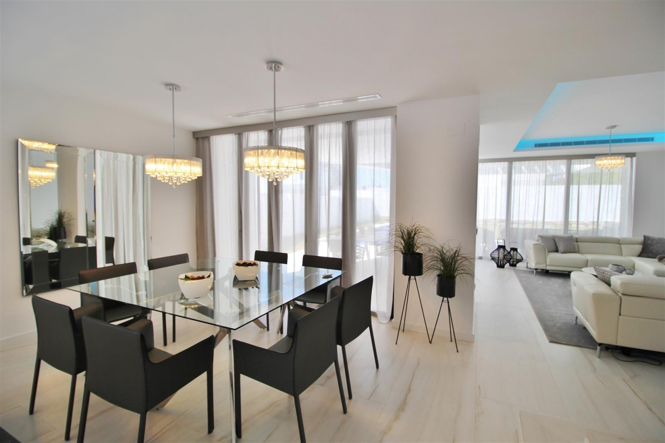 Contemporary villa for sale San Pedro Marbella Spain (39) (Large)