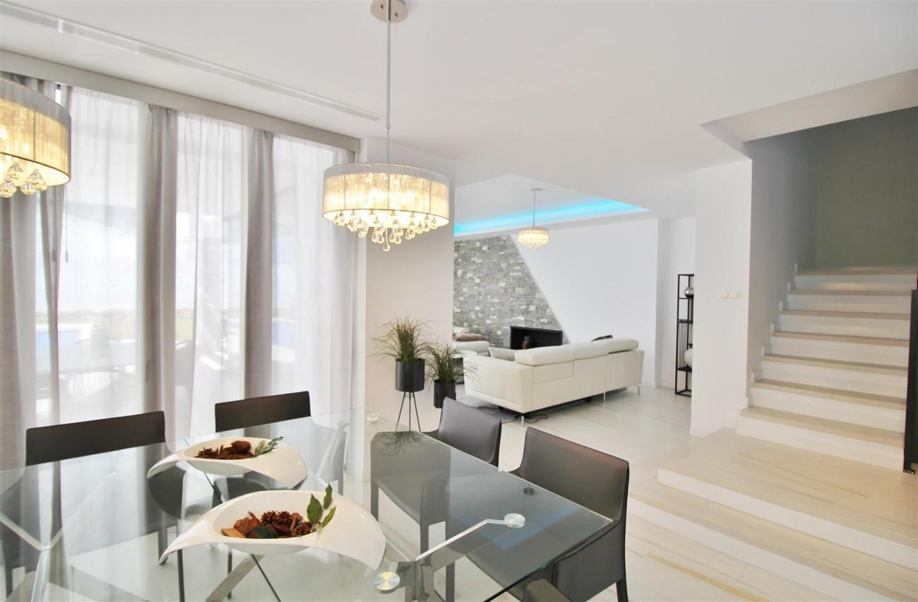 Contemporary villa for sale San Pedro Marbella Spain (40) (Large)
