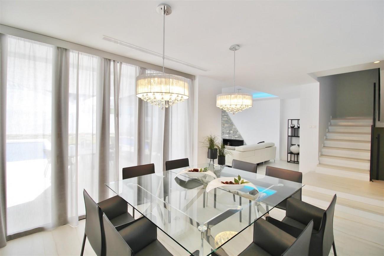 Contemporary villa for sale San Pedro Marbella Spain (41) (Large)