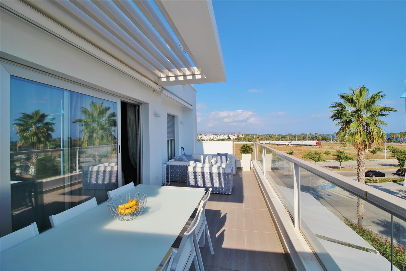 Beachside Penthouse for sale San Pedro de Alcantara Marbella Spain (12) (Large)