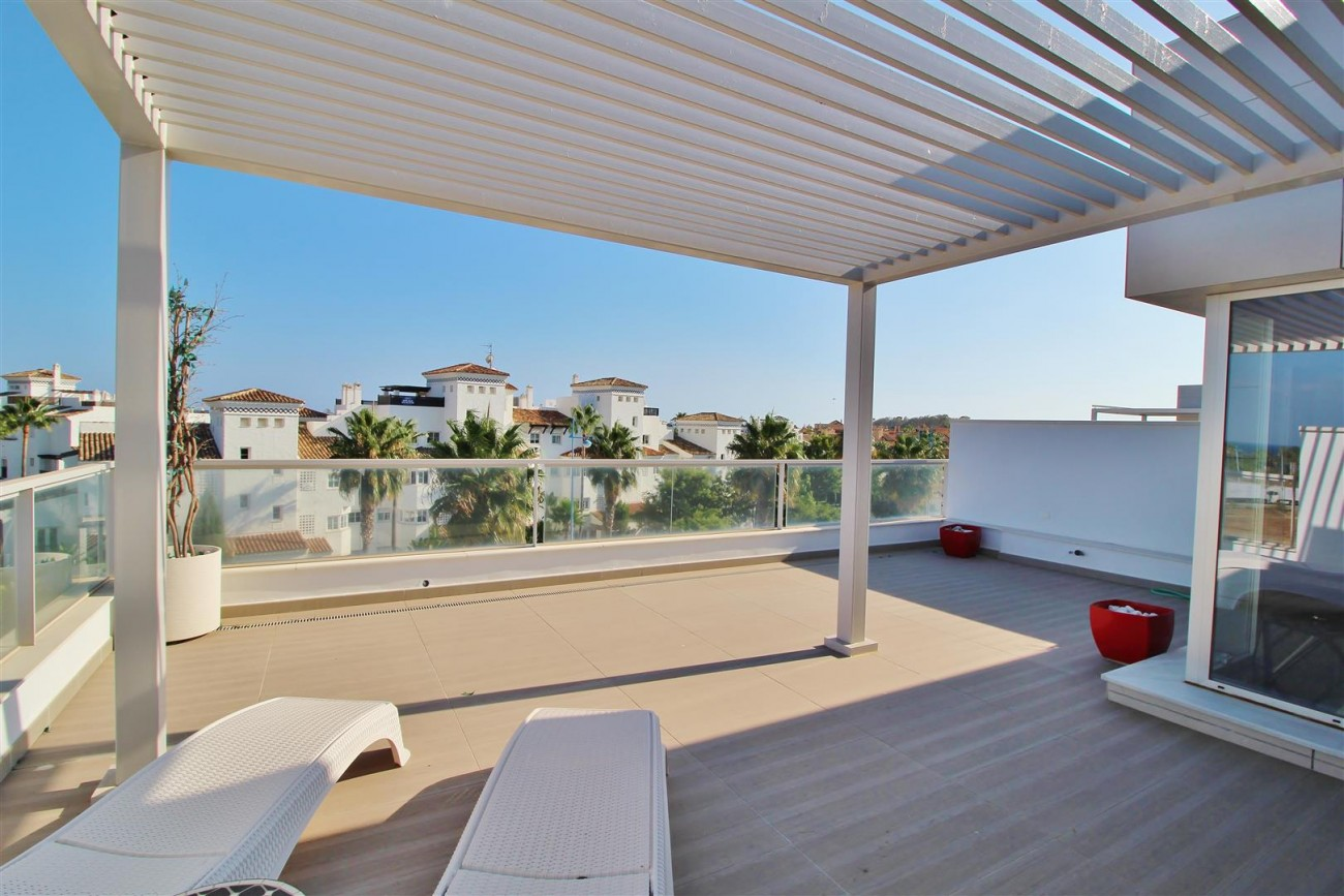 Beachside Penthouse for sale San Pedro de Alcantara Marbella Spain (16) (Large)
