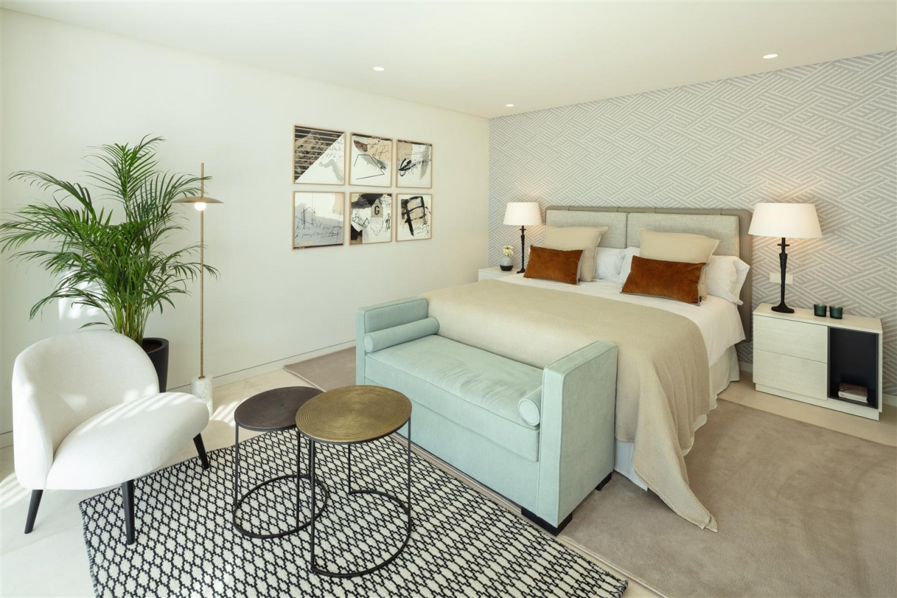 Exclusive Beachside Marbella Golden Mile Apartment (5) (Large)