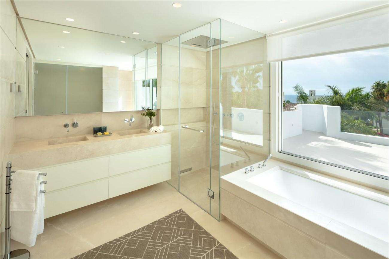Exclusive Beachside Marbella Golden Mile Apartment (6) (Large)