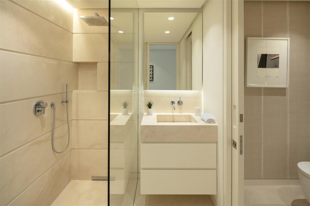 Exclusive Beachside Marbella Golden Mile Apartment (17) (Large)