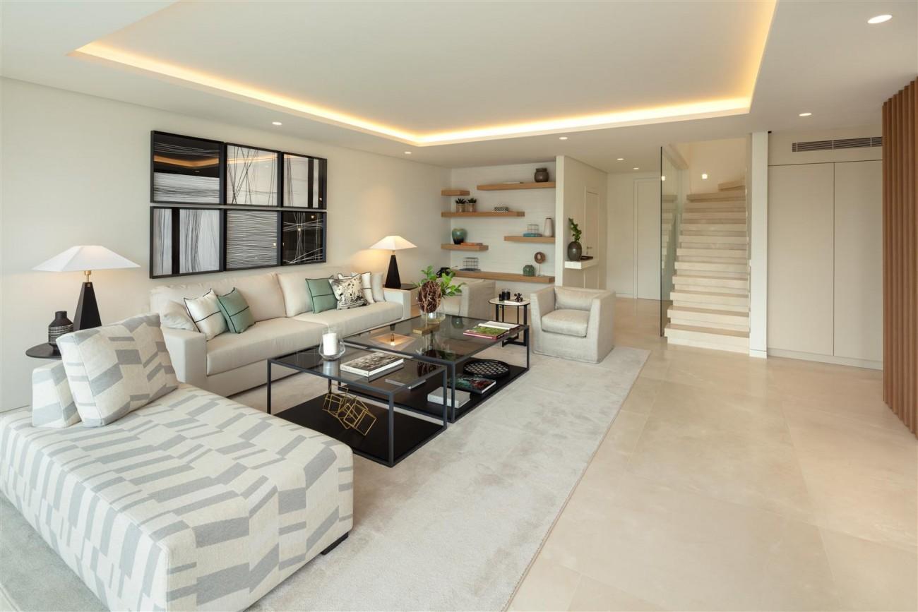 Exclusive Beachside Marbella Golden Mile Apartment (20) (Large)