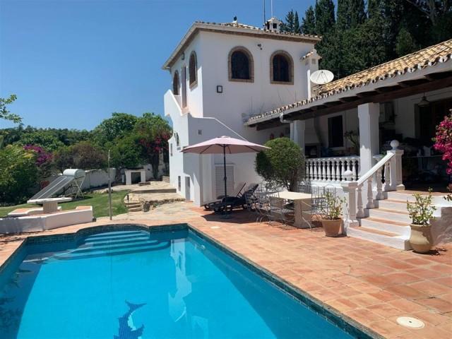 Villa for Sale - 1.400.000€ - Cancelada, Costa del Sol - Ref: 6034