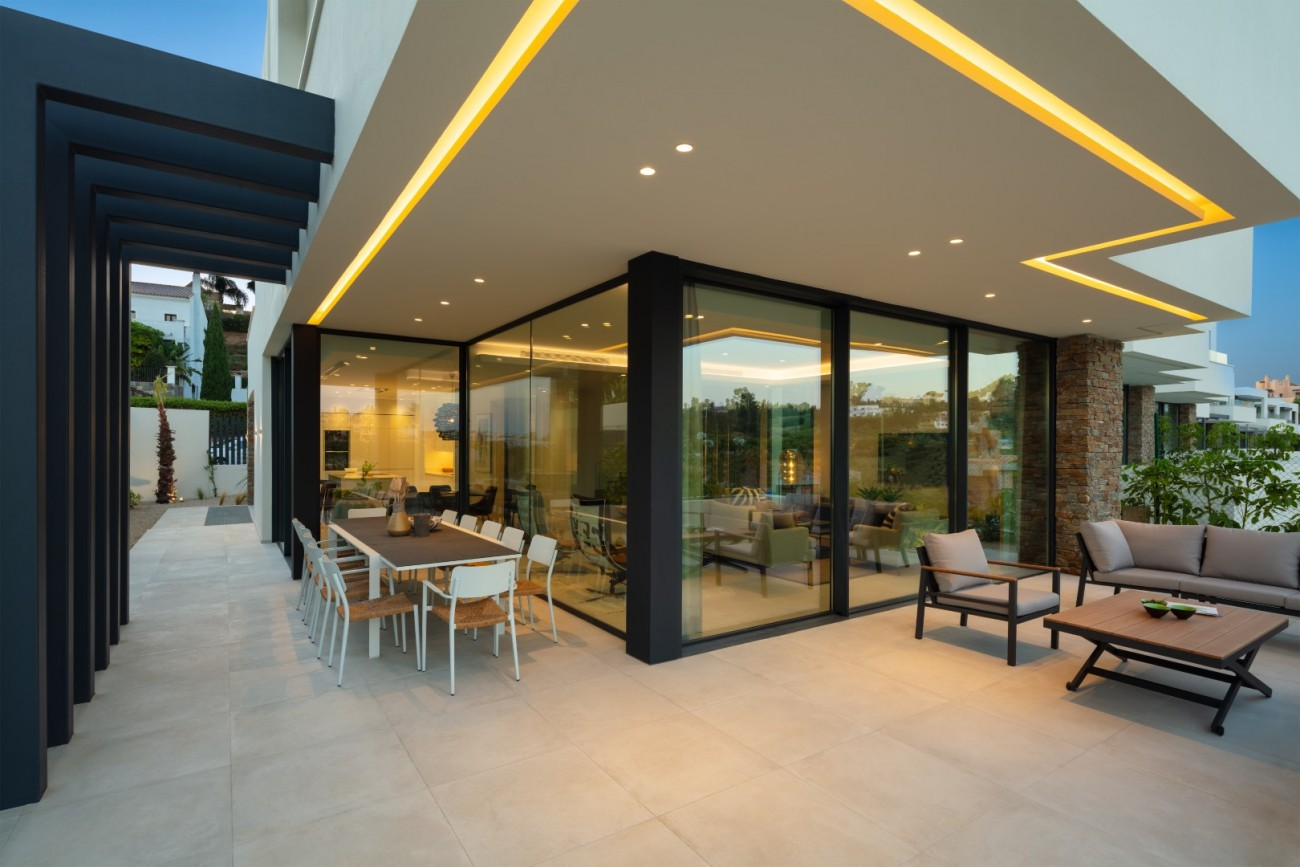 New Contemporary Villas Estepona Spain (22) (Grande)