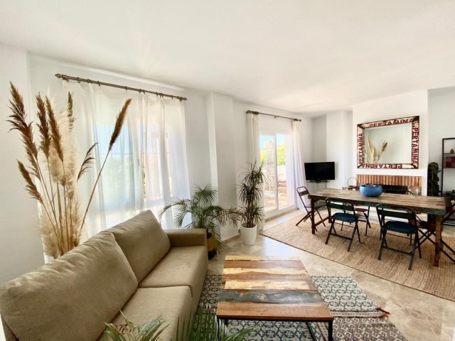 Penthouse for Sale - 320.000€ - Nueva Andalucía, Costa del Sol - Ref: 6042