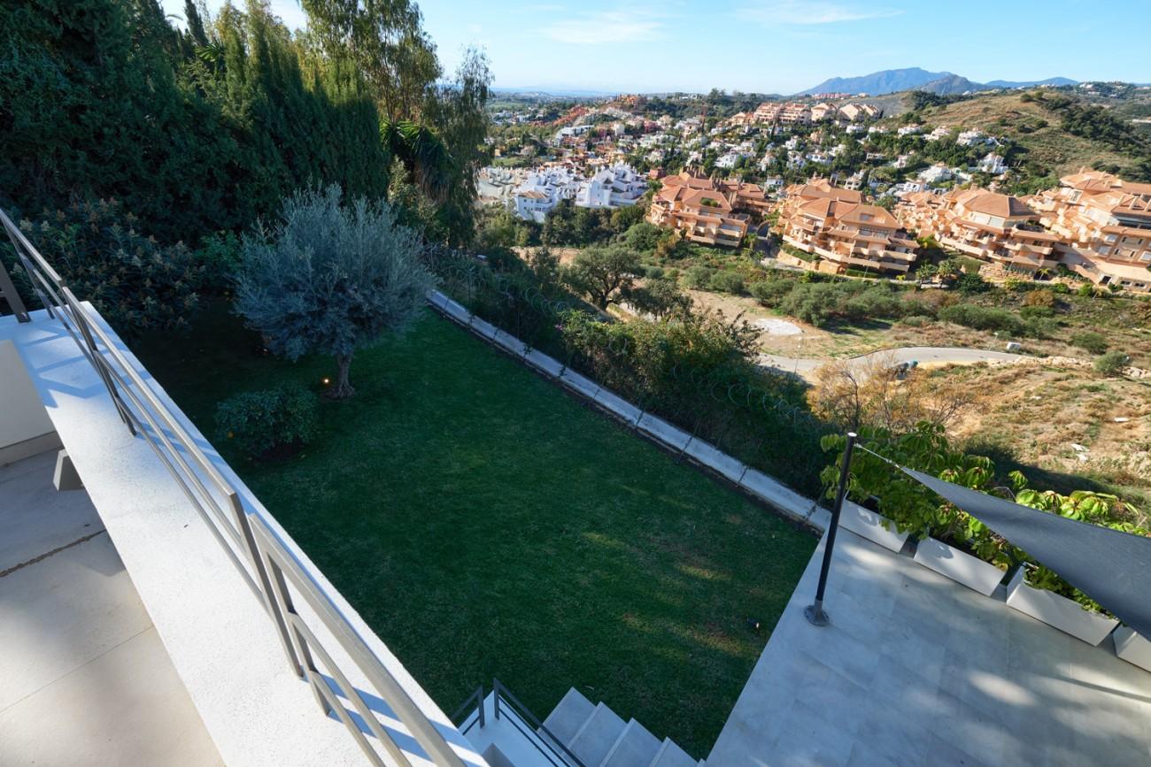 Luxury villa for sale Marbella Spain (22)