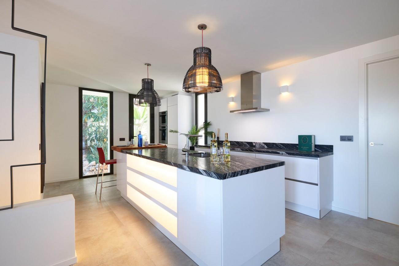 Luxury villa for sale Marbella Spain (26)