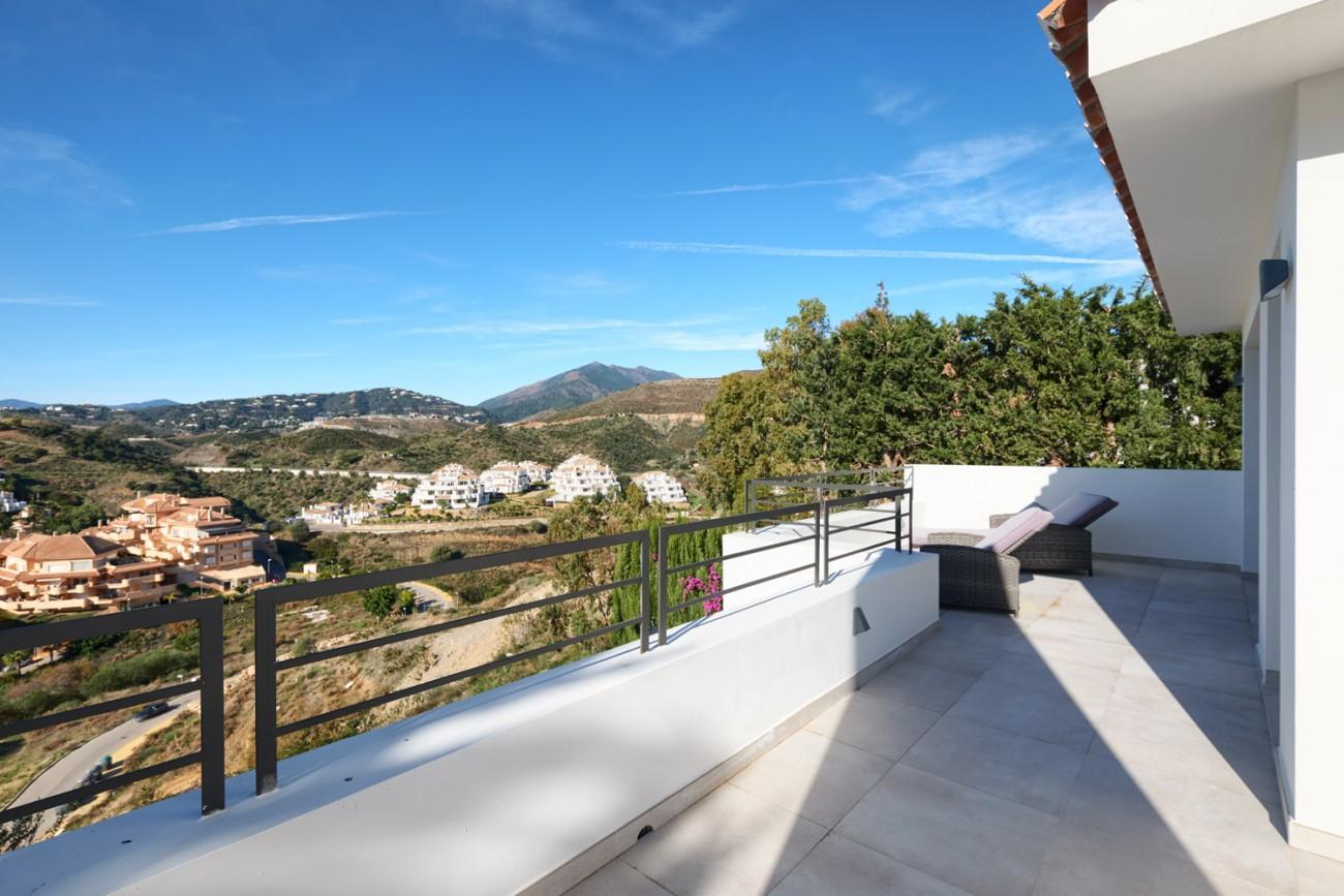 Luxury villa for sale Marbella Spain (55)