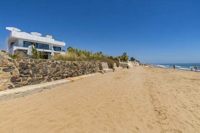 Villa for Sale - 6.000.000€ - Marbella East, Costa del Sol - Ref: 6057