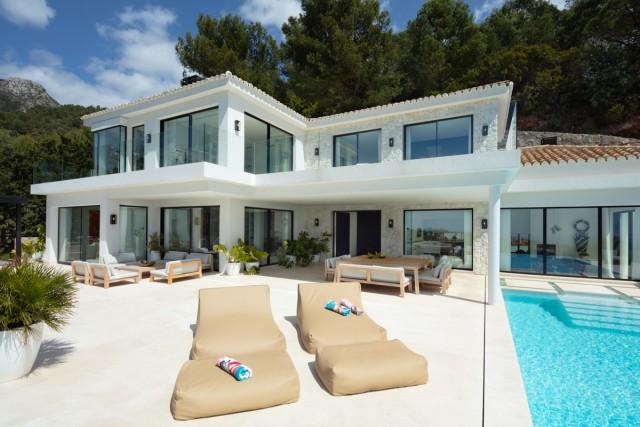 Villa for Sale - 6.950.000€ - Golden Mile, Costa del Sol - Ref: 6058