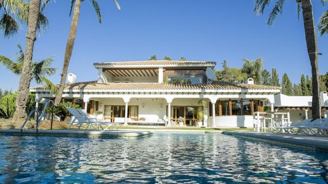 Villa for Sale - 4.750.000€ - Marbella West, Costa del Sol - Ref: 6063