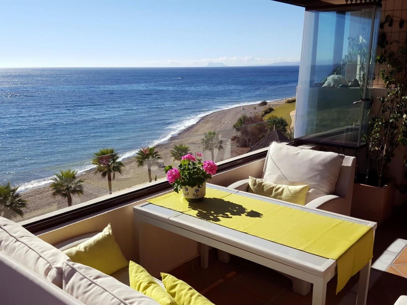 Beachfront Apartment New Golden Mile Spain (3)