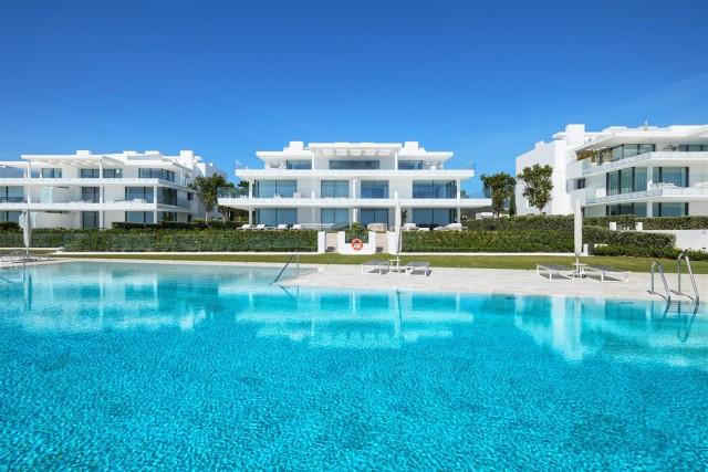 Apartment for Sale - 2.990.000€ - Estepona, Costa del Sol - Ref: 6010