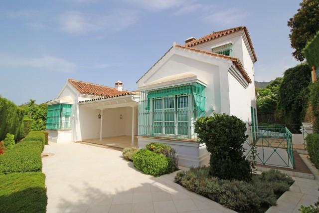 Villa for Sale - 1.985.000€ - Golden Mile, Costa del Sol - Ref: 6072