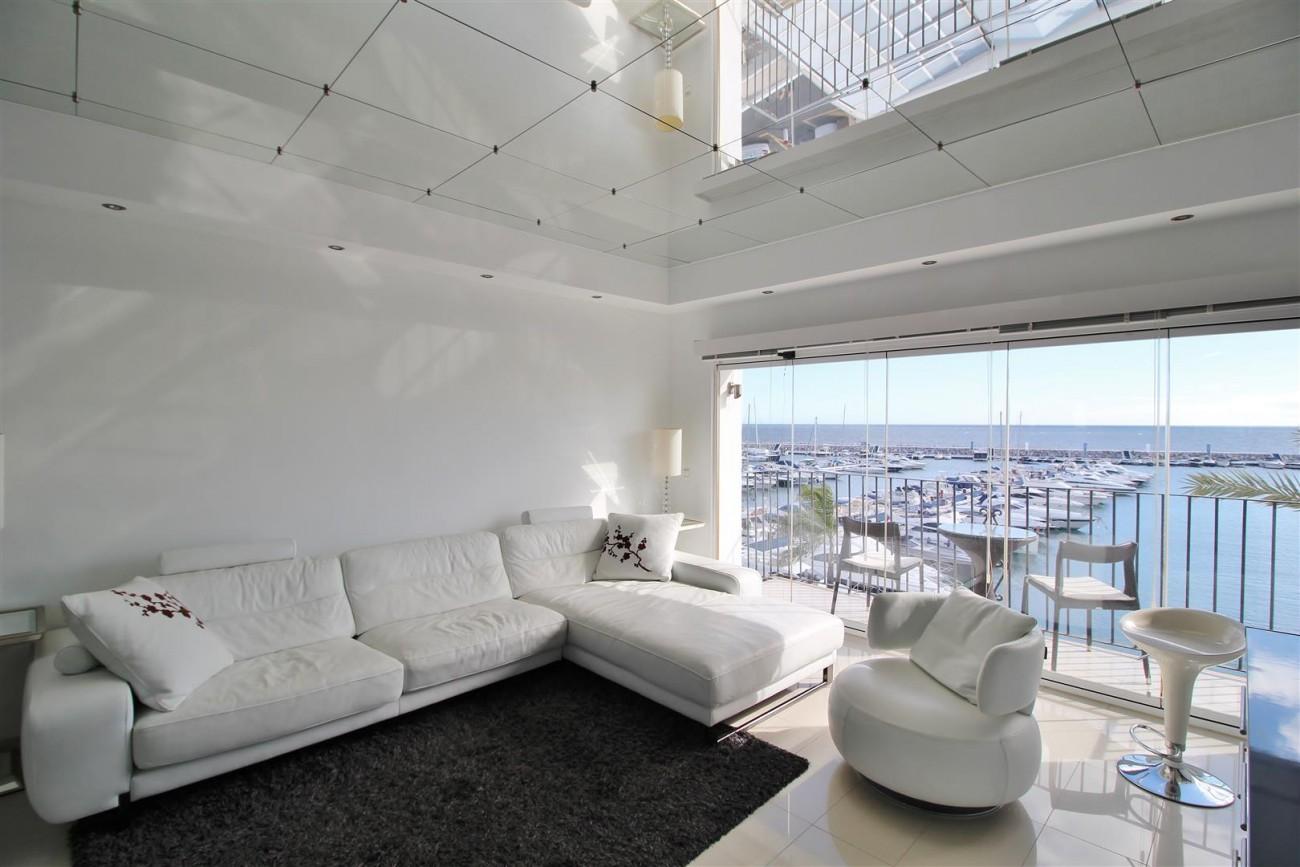 Frontline Marina Apartment for sale Puerto Banus Marbella Spain (4) (Large)