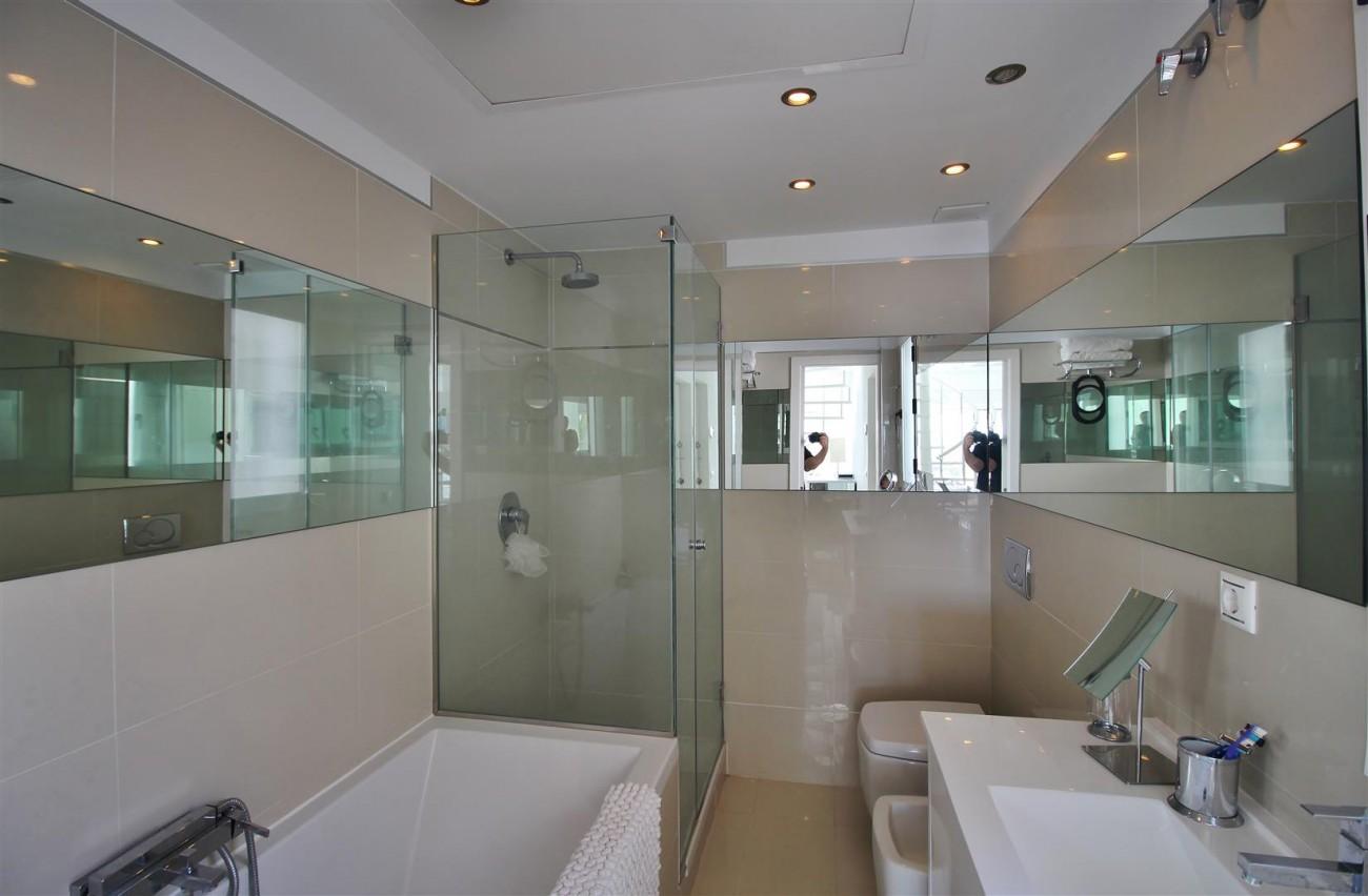 Frontline Marina Apartment for sale Puerto Banus Marbella Spain (12) (Large)