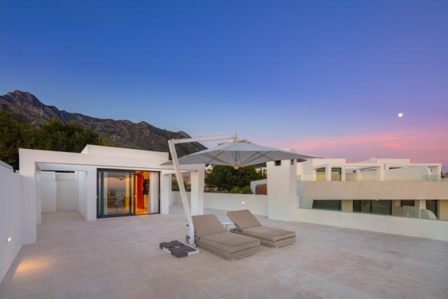 Apartment for Sale - 2.995.000€ - Golden Mile, Costa del Sol - Ref: 6082